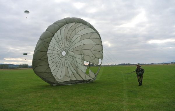 4th BASIC AIRBORNE COURSE 2016